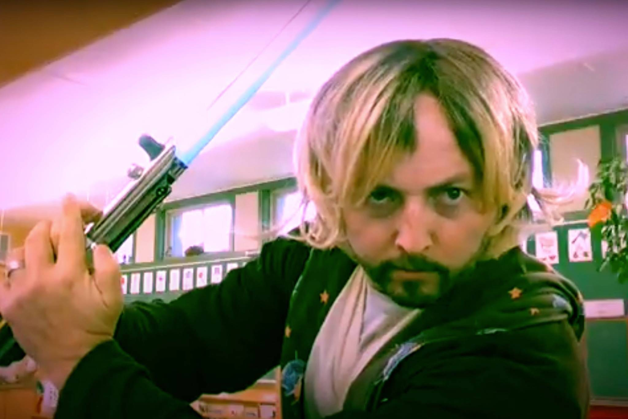 Luke Skywalker (played convincingly by Harrison Hot Springs Elementary kindergarten teacher Dustin Neufeld) strikes a determined pose during his address to Neufeld's students this week. (Photo/HHSES KinderChannel, YouTube)